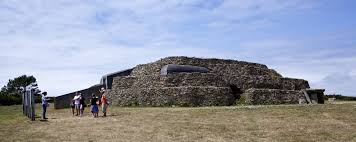 Morbihan. This weekend the Cairns of Gavrinis and Petit Mont are open