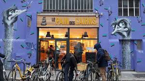 An organic SCOP bakery is a hit in Grenoble